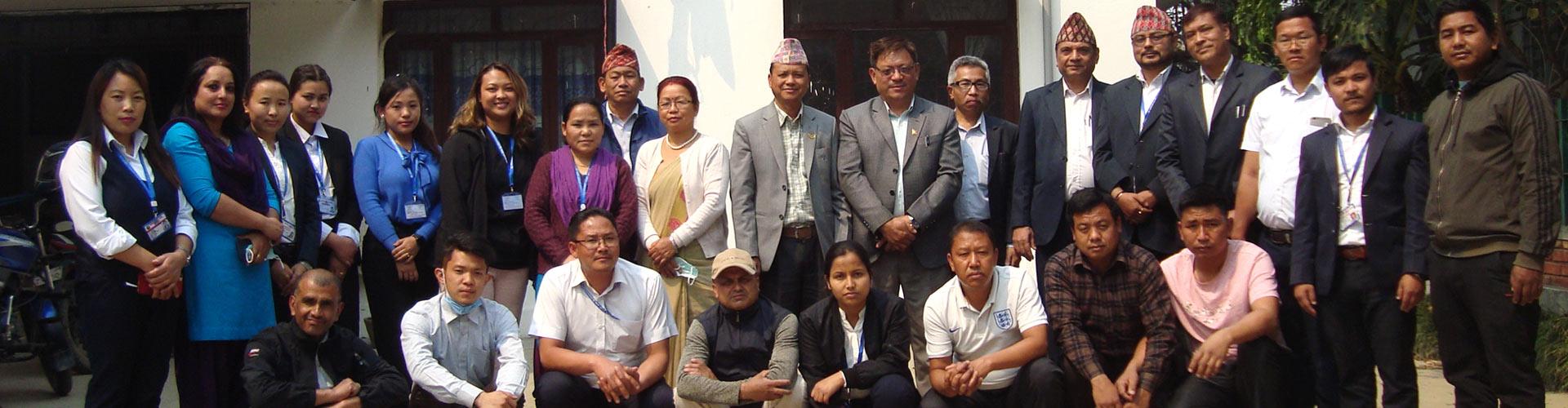 आदिवासी जनजाति आयोग परिवार (पदाधिकारी तथा कर्मचारीहरु)